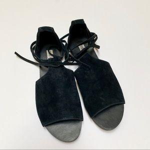 Steve Madden Elaina Size 9 Suede Flat Sandals